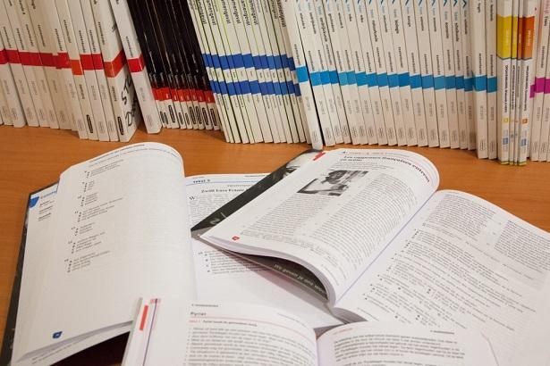 Opengeslagen examenbundels